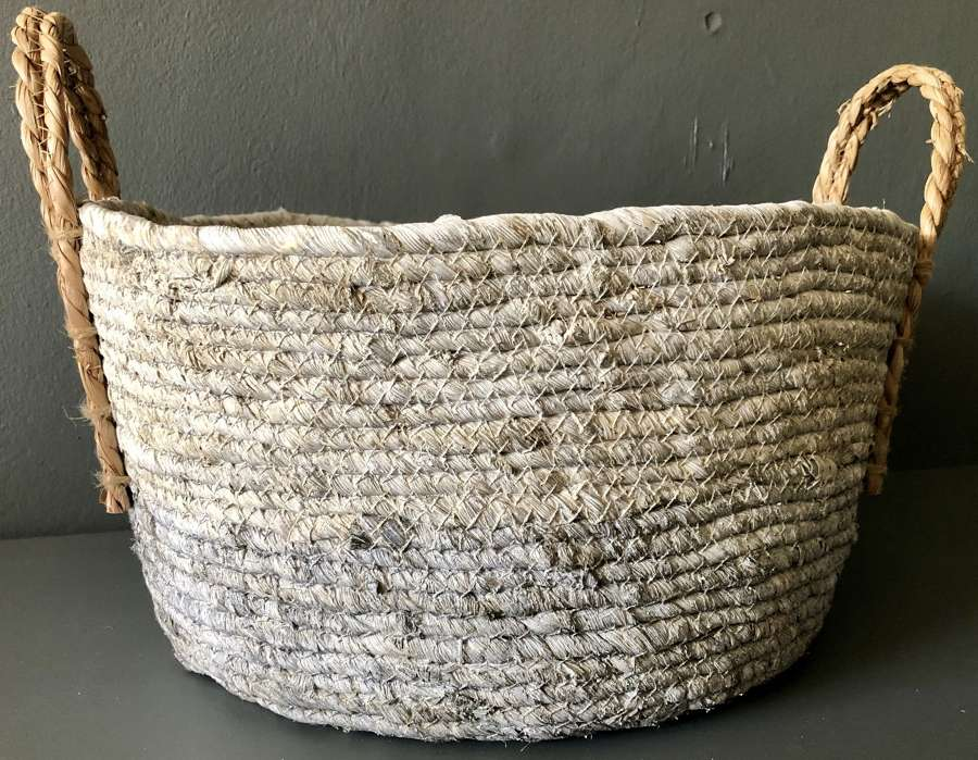 Two tone basket with handles